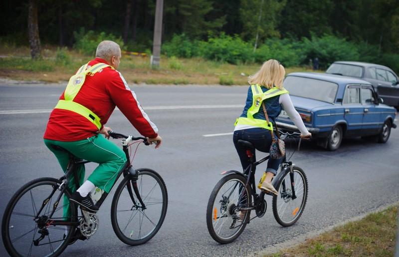 Какой штраф гибдд за езду по тротуару в 2021 году, за движение на машине по пешеходной дорожке | shtrafy-gibdd.ru