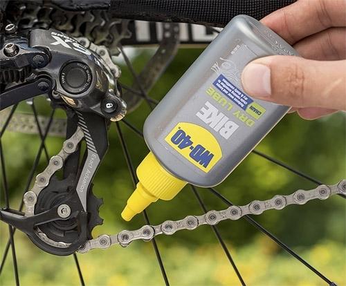 Какая бывает смазка для велосипедной цепи: виды и особенности