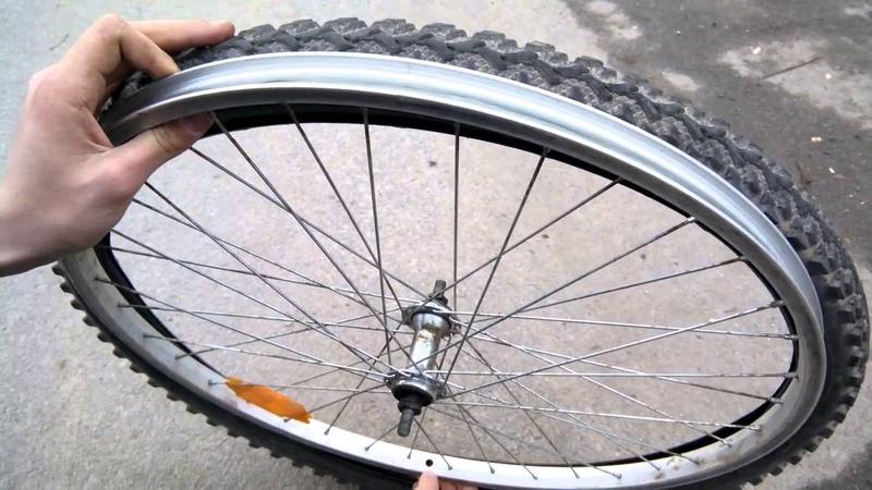 Как правильно заклеить шину на велосипеде?