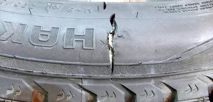 Грыжа на колесе автомобиля – ремонт и передвижение