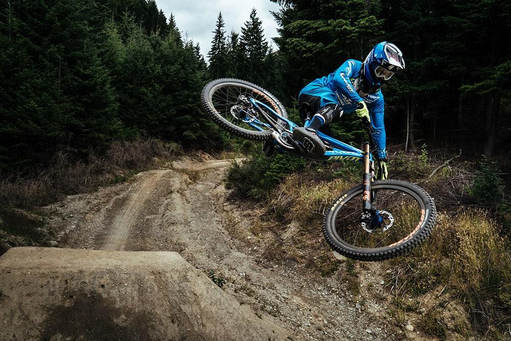 Трюки на bmx-велосипеде