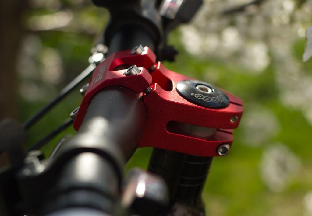 Как поднять или опустить руль на велосипеде по высоте