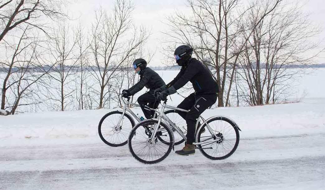 Как ездить зимой по снегу и льду на велосипеде