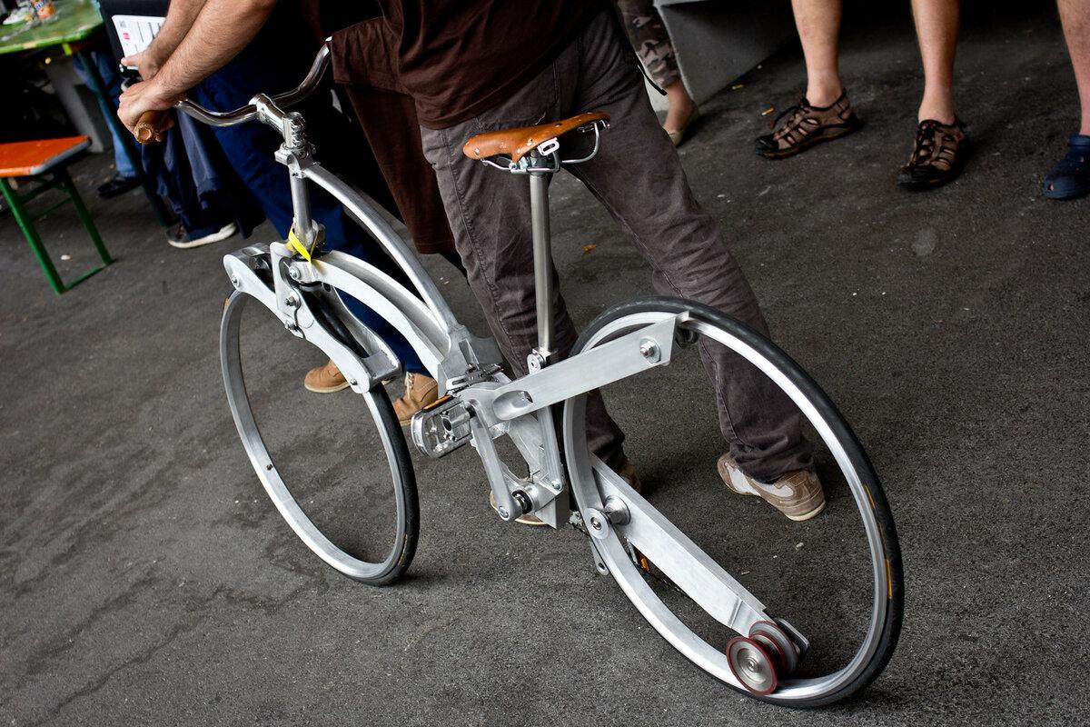 Самый маленький велосипед краснодарского умельца может попасть в книгу рекордов гиннесса