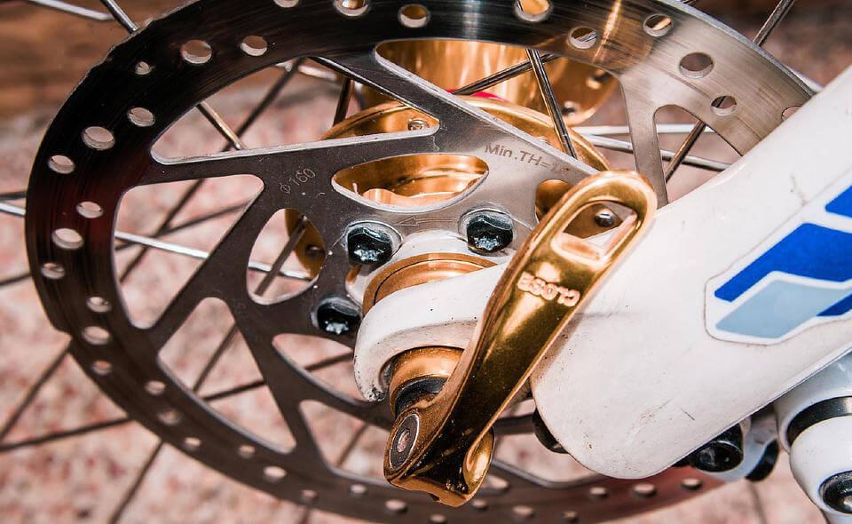 Замена тормозов на велосипеде на дисковые: как поменять ободные тормоза на дисковые, виды дисковых тормозов