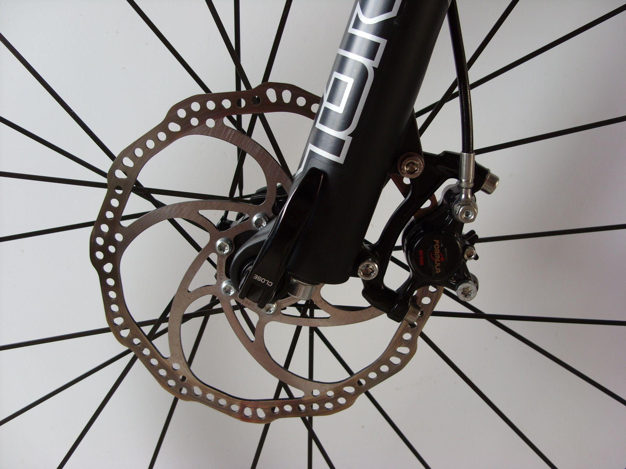 Обслуживание дисковых тормозов велосипеда: выпрямление, прокачка, устранение зазора