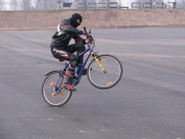 Как быстро снять заднее колесо на велосипеде со скоростями для ремонта