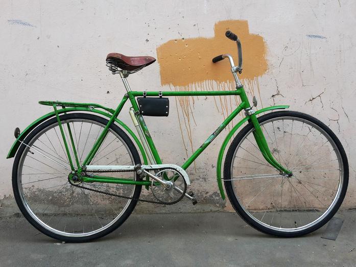 По волнам нашей памяти: легендарные советские велосипеды, на которых катался и стар, и мал