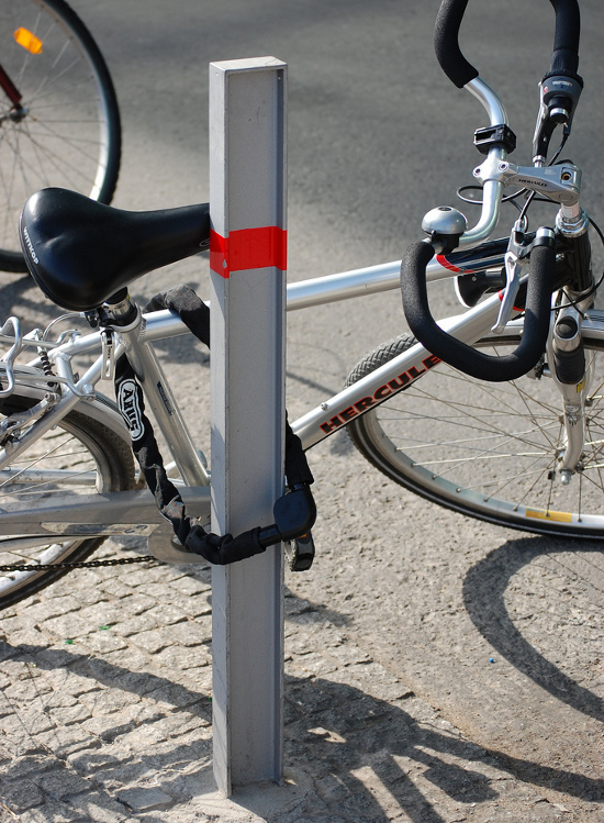 Как пристегнуть велосипед, чтобы не украли, рекомендации по правильному выбору замков