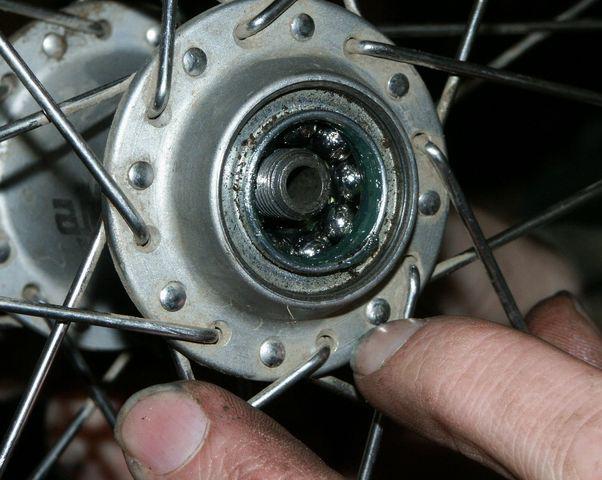 Люфт заднего колеса велосипеда