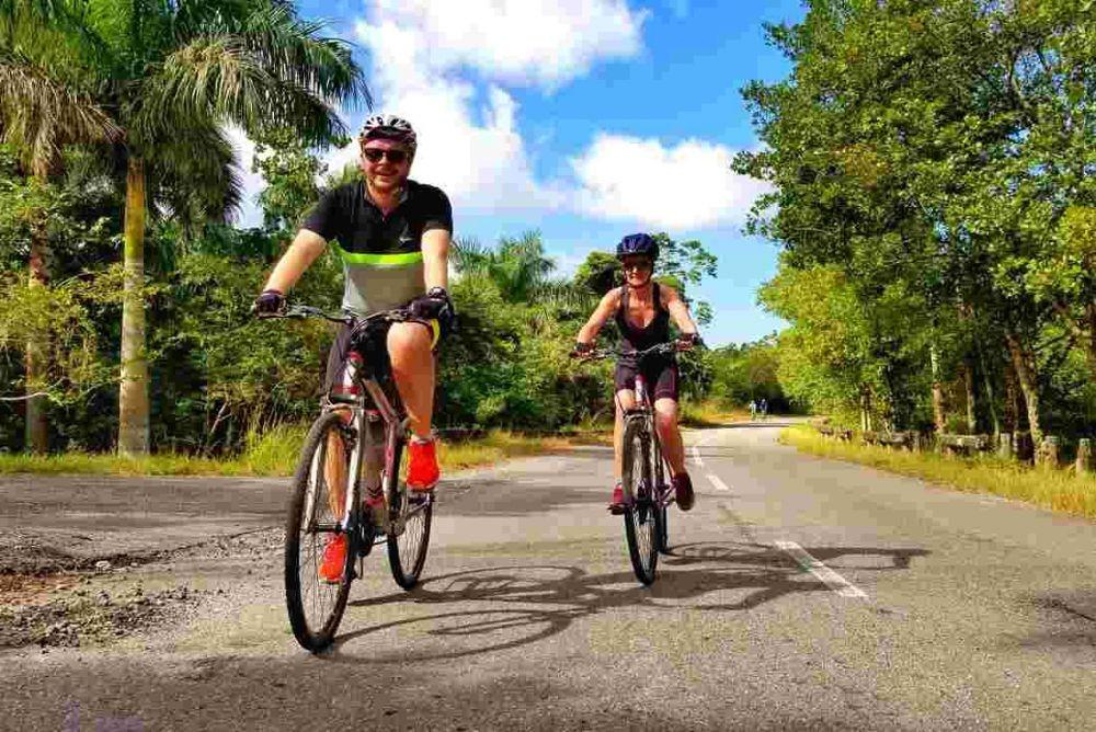 Как научиться кататься на велосипеде взрослому?