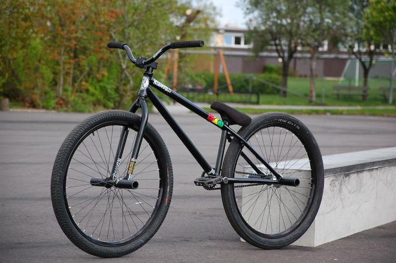 Велобайки для стрит и дёрта: особенности и модели