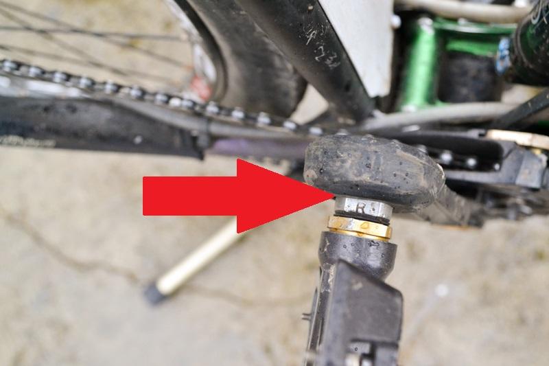Как быстро и аккуратно снять педали с велосипеда для чистки или замены