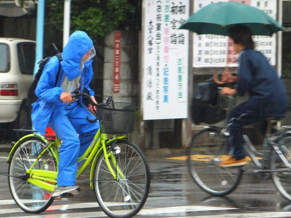 Экипировка велосипедиста: элементы и обзор