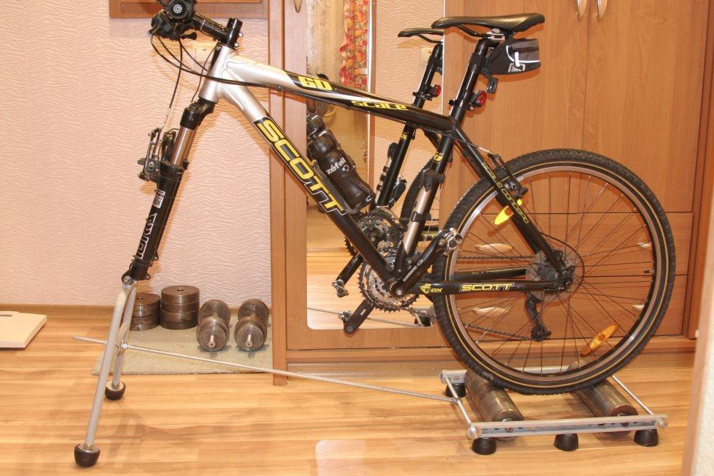 Как сделать велотренажер из велосипеда?