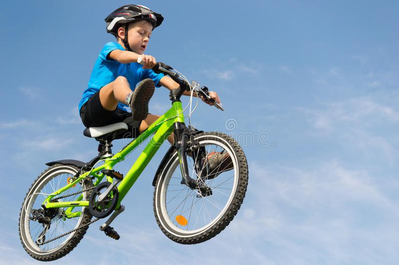 Трюки на велосипеде для начинающих: пошаговые видео уроки для самостоятельного обучения - все курсы онлайн