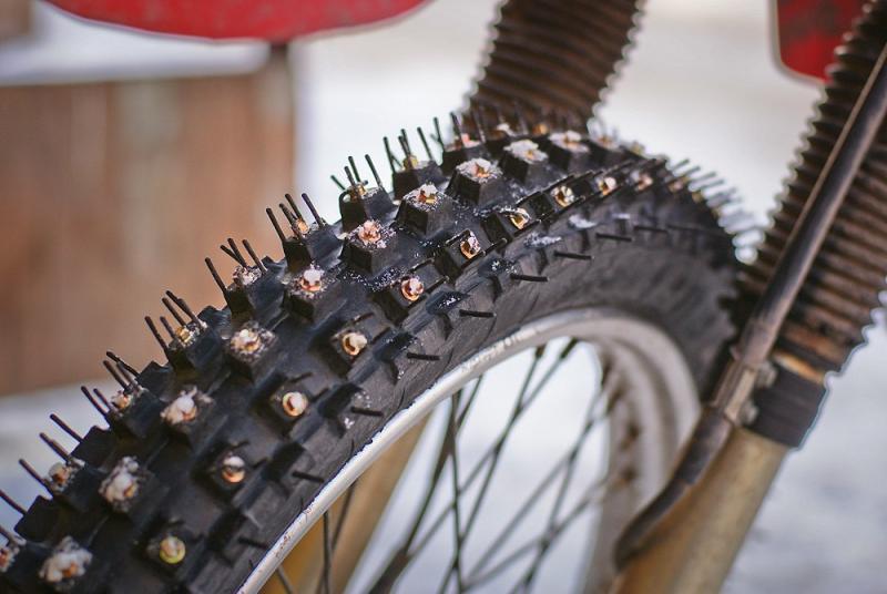 Как сделать шины на велосипеде шипованными. шиповка шин своими руками. шипованные шины для велосипеда своими руками. теория, подтверждённая практикой