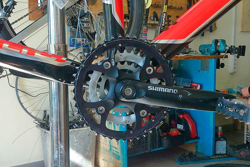 Ремонт каретки на велосипеде