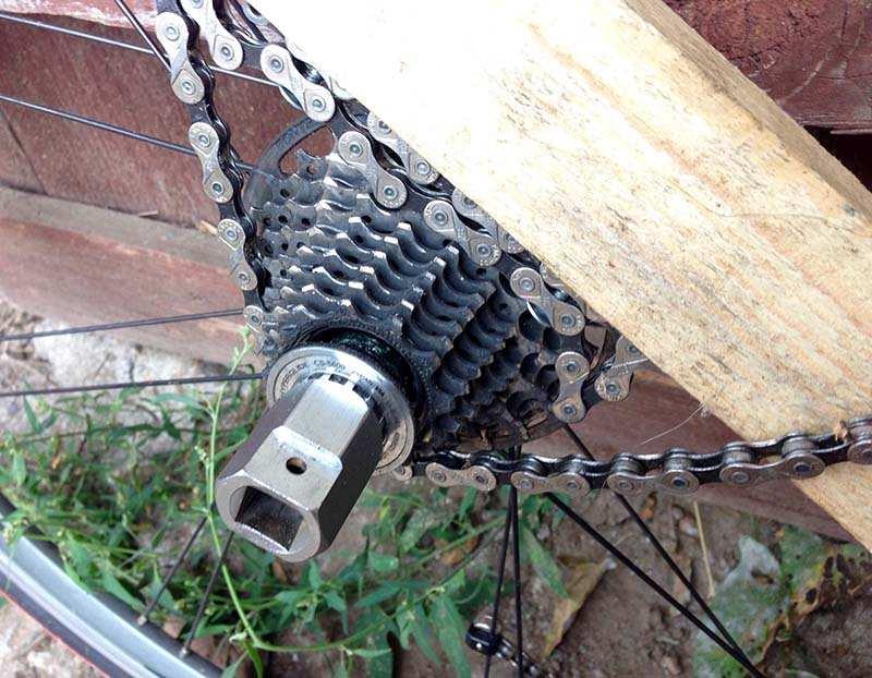 Как снять шатуны с велосипеда без съемника? полезные рекомендации