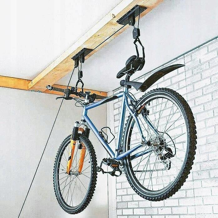 Как повесить велосипед на стену?
