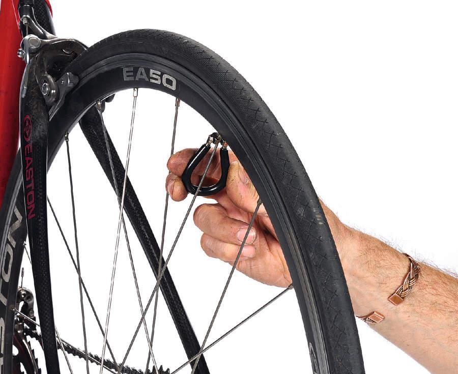 Велосипедные спицы: какие они бывают, как правильно натянуть их