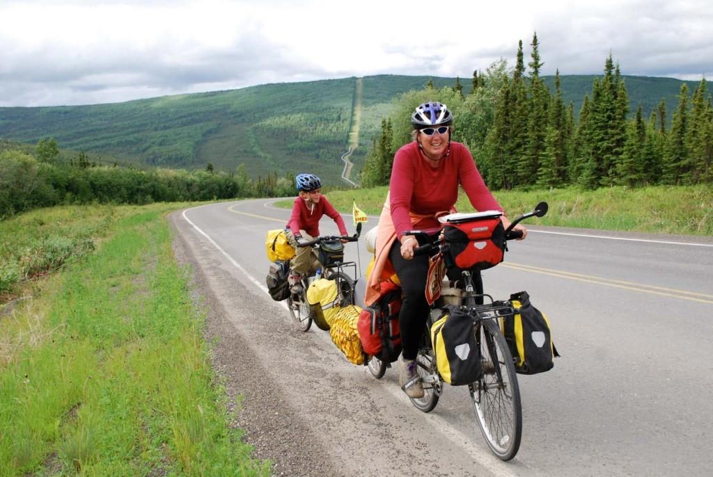 Велопутешествие (велопоход) (51 фото): в одиночку и поход выходного дня с семьей. что входит в снаряжение велотуриста кроме обычных вещей?
