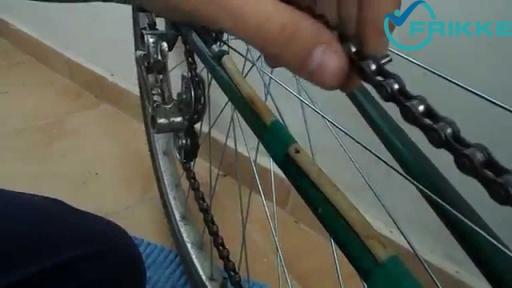 Как производится замена цепи на велосипеде?