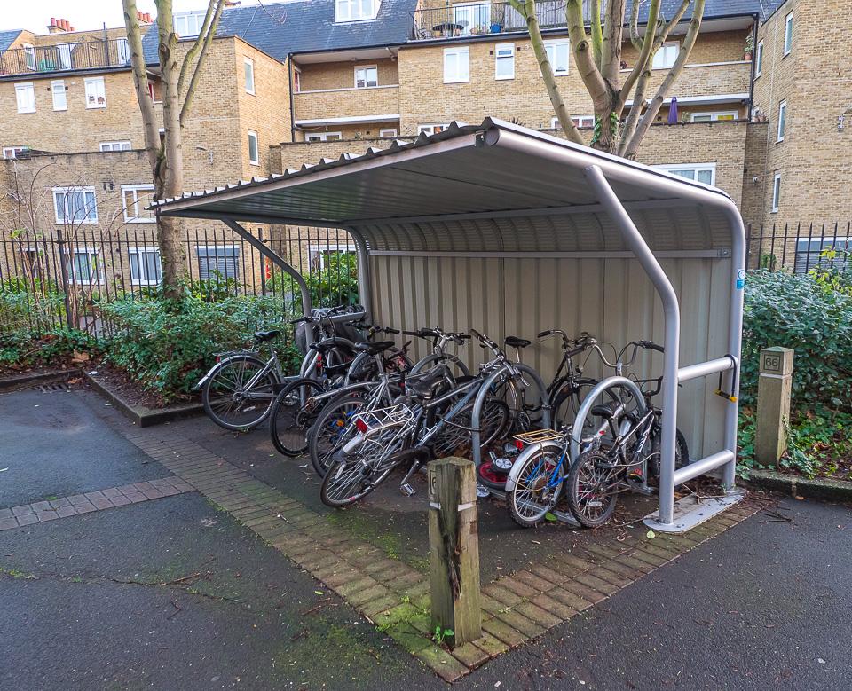 Как сделать стоянку для велосипеда своими руками