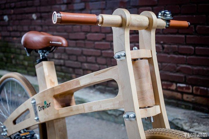 Первый велосипед с деревянной рамой