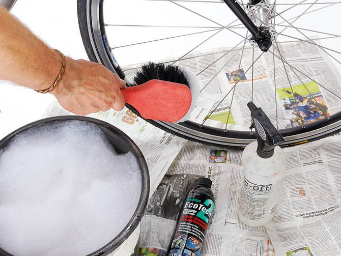 Как мыть велосипед: советы по сухой и влажной чистке