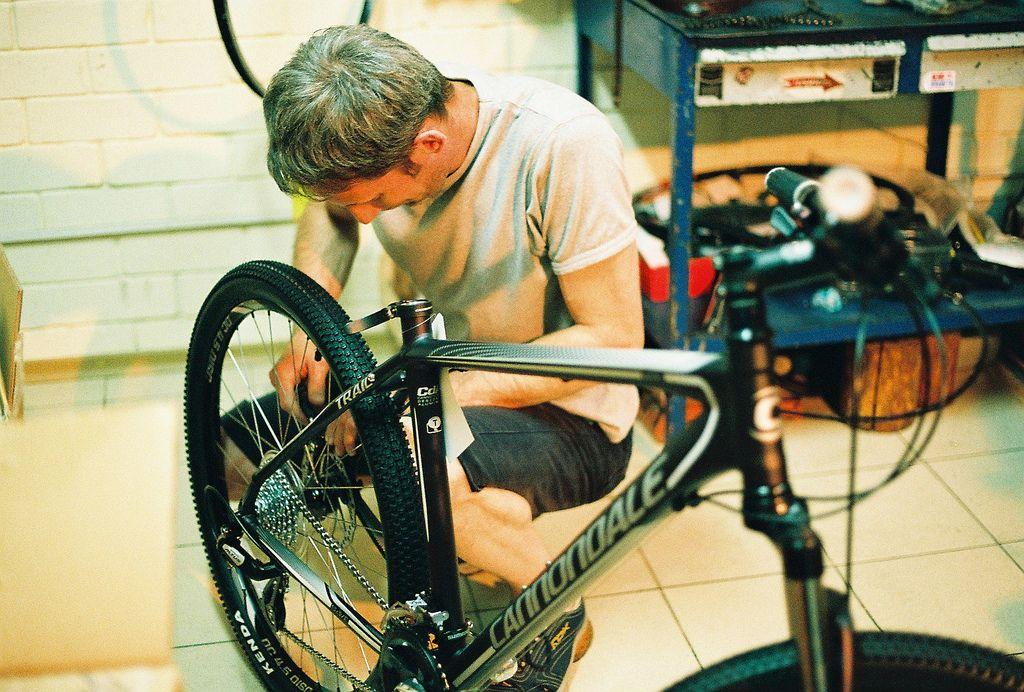 Обслуживание втулки велосипеда