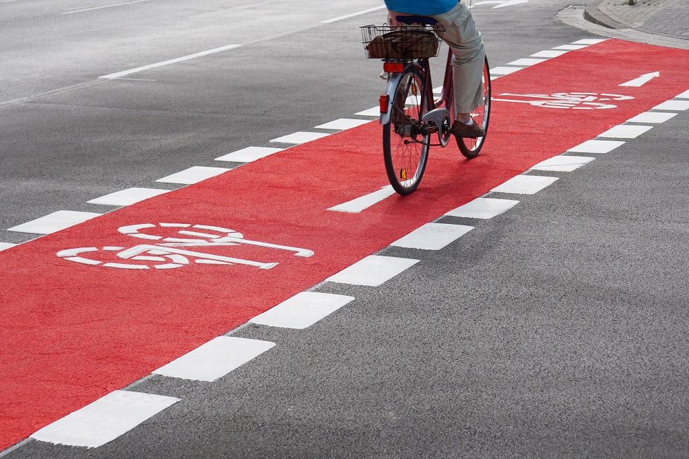 Знак «велосипедная дорожка»: как выглядит знак пересечение с велосипедной дорожкой и конец велосипедной дорожки по пдд?