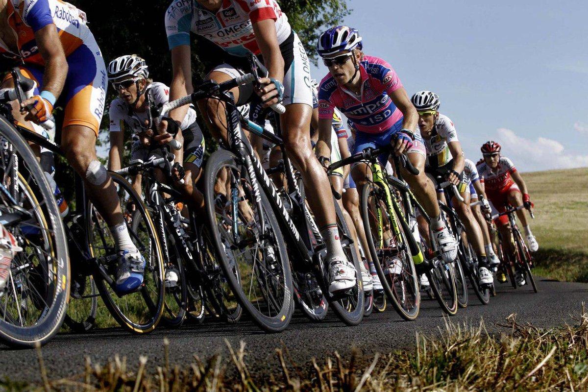 Что такое велостанок, как его сделать своими руками, а также обзор 5 лучших покупных моделей