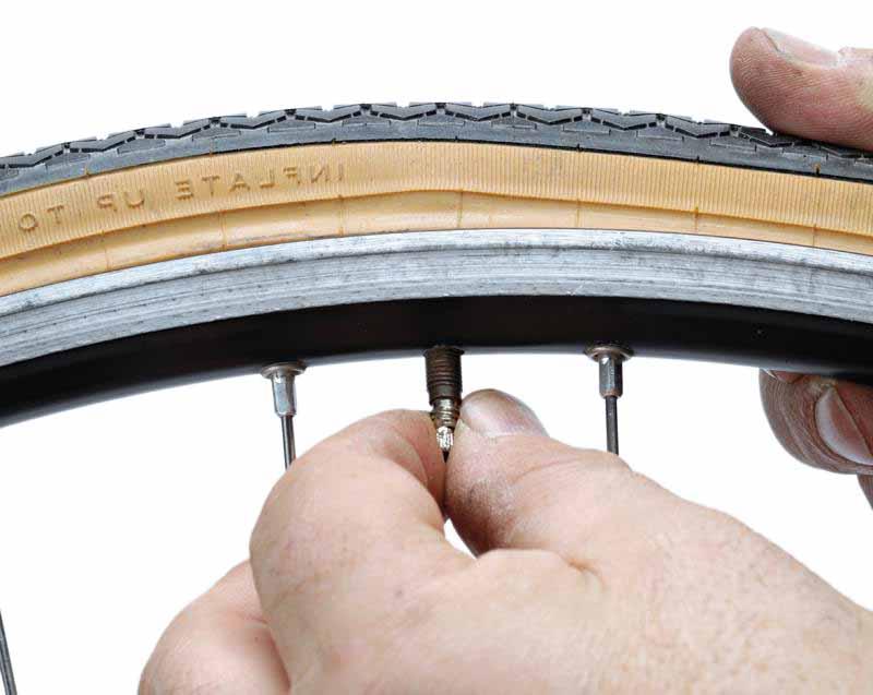Какое оптимальное давление в велосипедных шинах или как правильно накачать колесо велосипеда