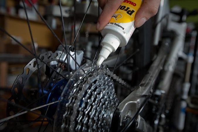 Как и чем лучше смазывать цепь велосипеда?   ремонт и уход   veloprofy.com