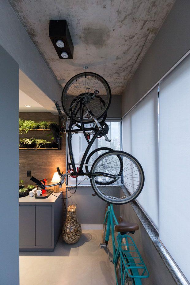 Хранение велосипедов: как хранить в подъезде и гараже? особенности сезонного хранения зимой. можно ли хранить в общем коридоре и на лестничной площадке?