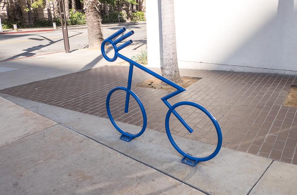Парковка для велосипедов: виды, как сделать самостоятельно?