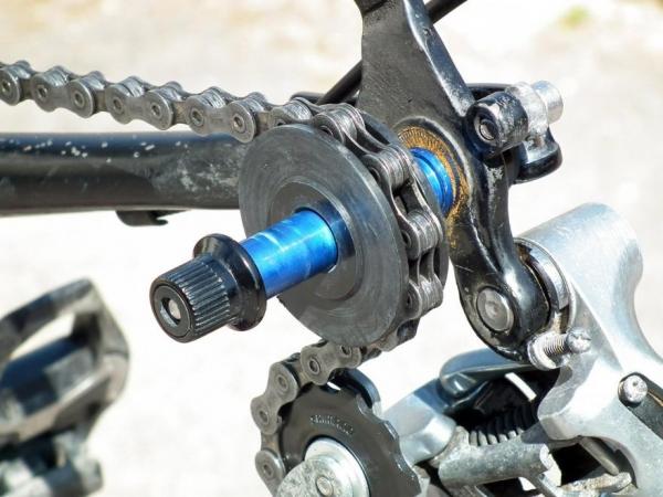 Защита для велосипедной цепи