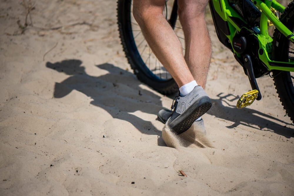 Владельцы грейвелов, вам сюда: 10 лучших пар велосипедной обуви 2020 - bikeandme.com.ua