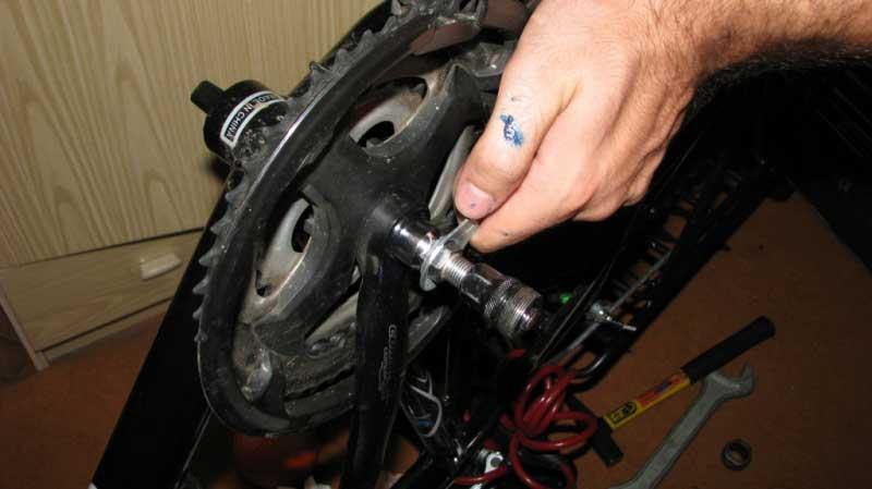 Как разобрать каретку на велосипеде стелс