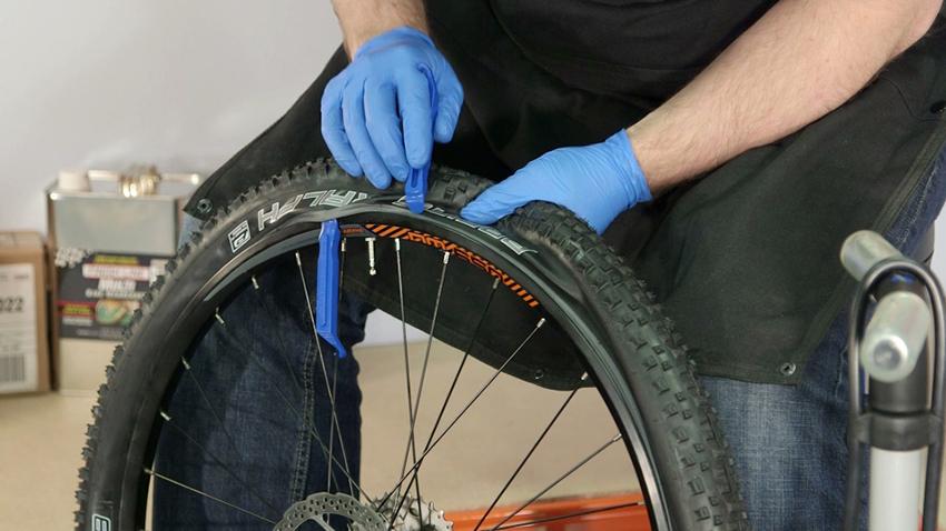 Как разбортировать колесо велосипеда своими руками