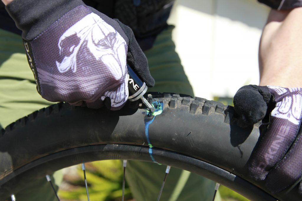 Как поменять камеру на велосипеде на заднем колесе