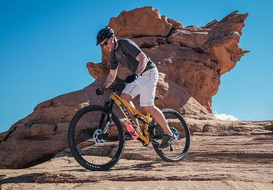 Изобретая велосипед: эволюция маунтинбайка