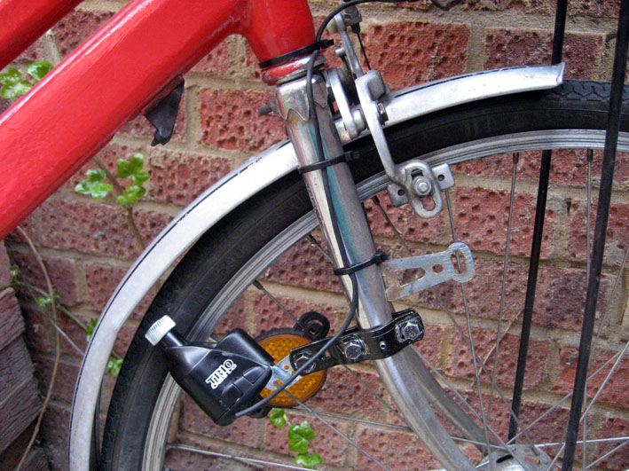 Мощная велосипедная фара led c питанием от динамо – установка своими руками