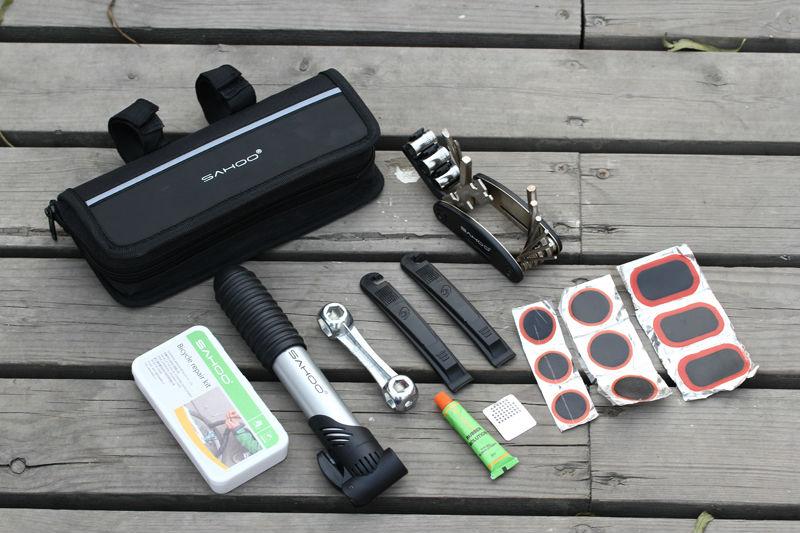 Велоаптечка: инструменты, которые обязательно должны быть в наборе велоаптечки