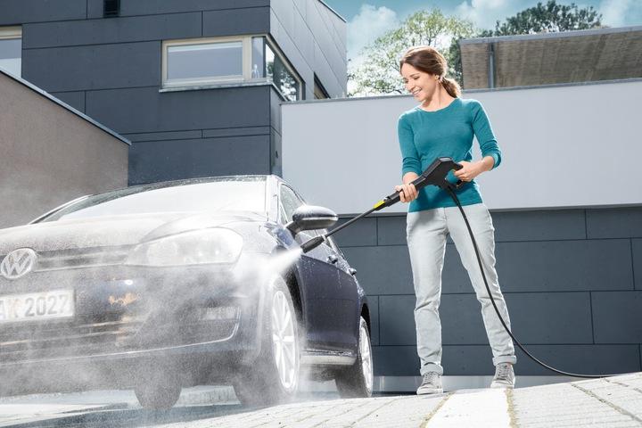 Как правильно и быстро помыть машину на мойке самообслуживания