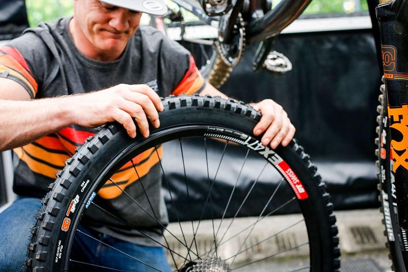 Правила замены покрышек на велосипеде