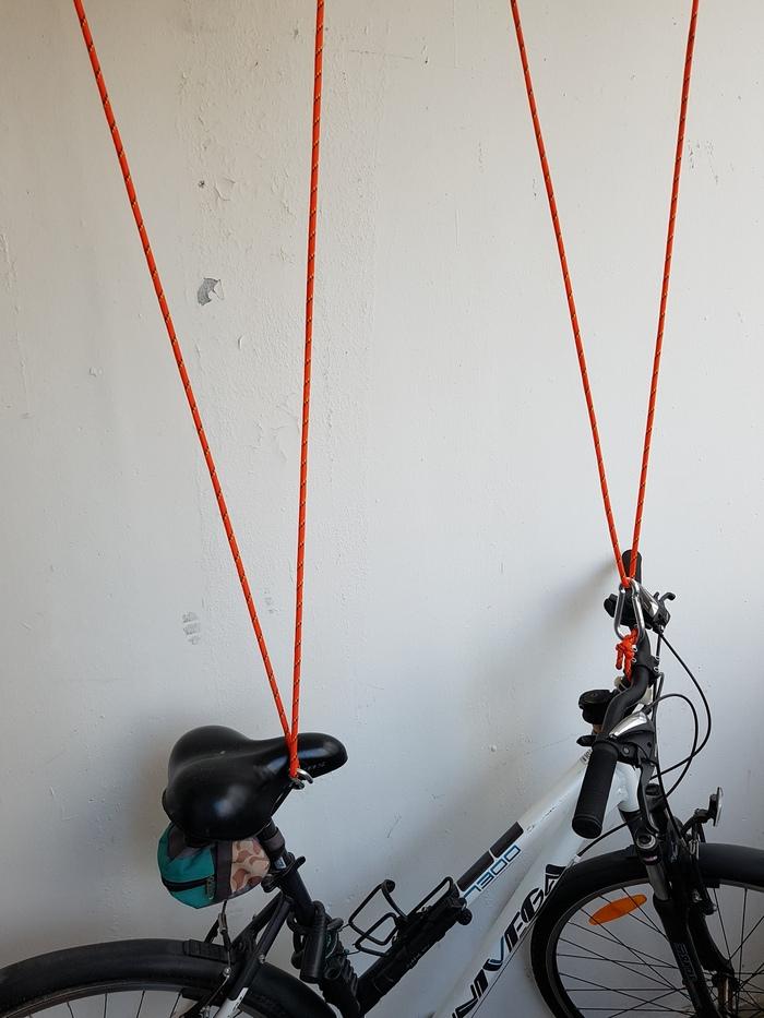 Как повесить велосипед на стену - виды креплений