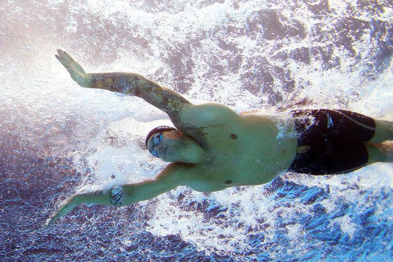 «теперь я знаю, ради чего жить». печальная традиция лучшего пловца мира