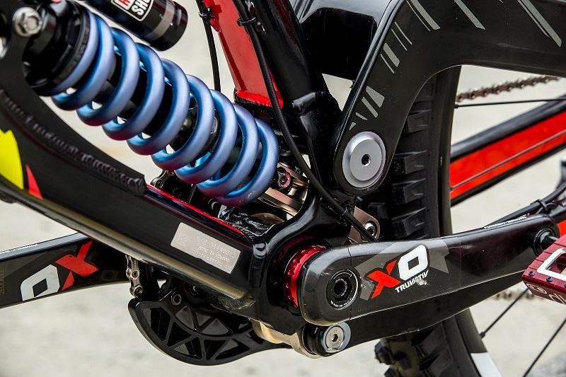 Ремонт заднего и переднего амортизаторов велосипеда